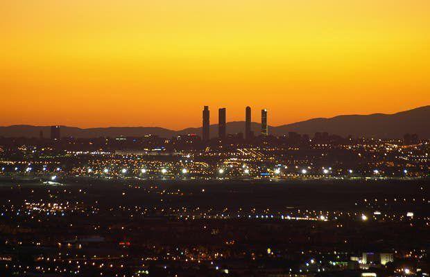 cosas-que-hacer-en-Madrid-atardecer-4-Torres-de-Madrid