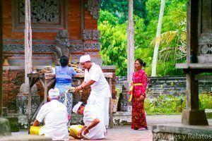 ofrendas-templos-de-Bali