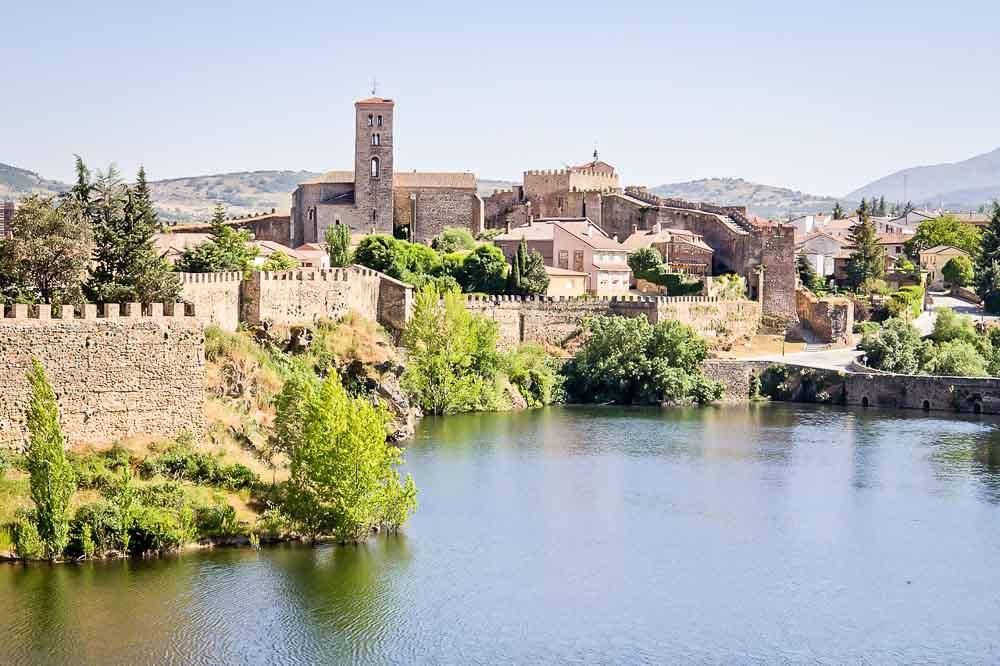 Pueblos-de-Madrid-con-encanto-Buitrago-Lozoya