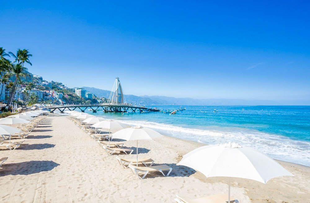 mejores-playas-que-visitar-en-Puerto-Vallarta-Playa-de-Los-Muertos