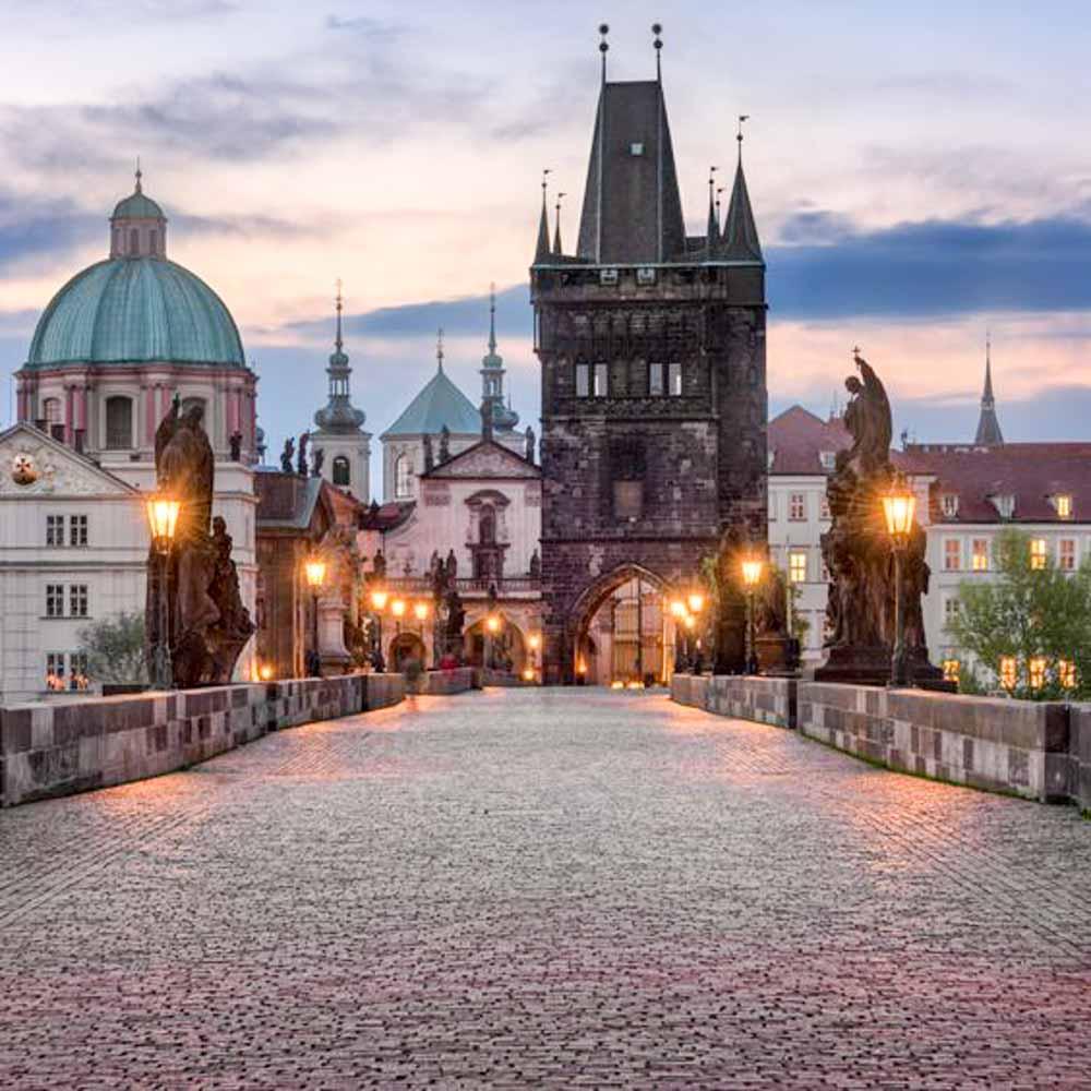 visitas-imprescindibles-en-Praga-Puente-de-Carlos