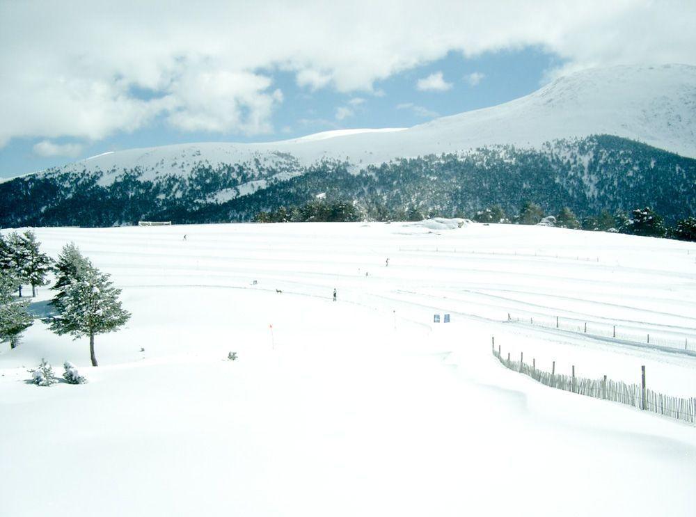 ir-a-la-nieve-en-Madrid-Puerto-de-Cotos