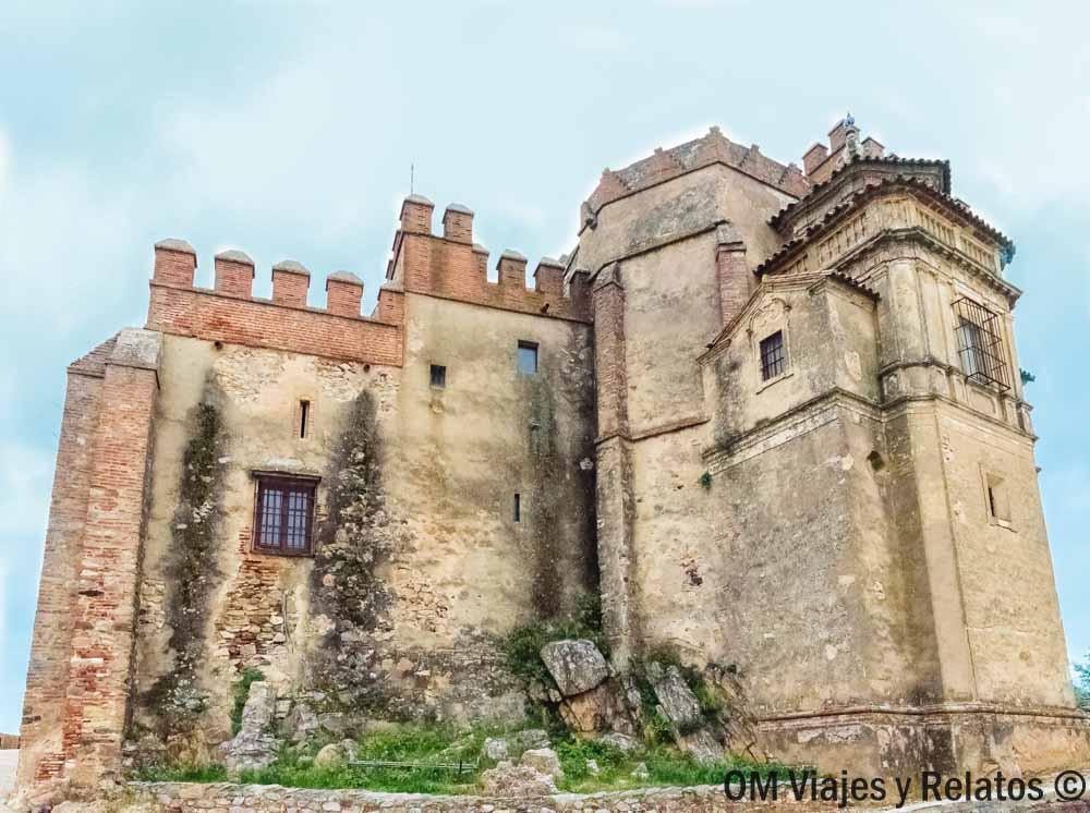 que-ver-en-Aracena-Castillo-iglesia