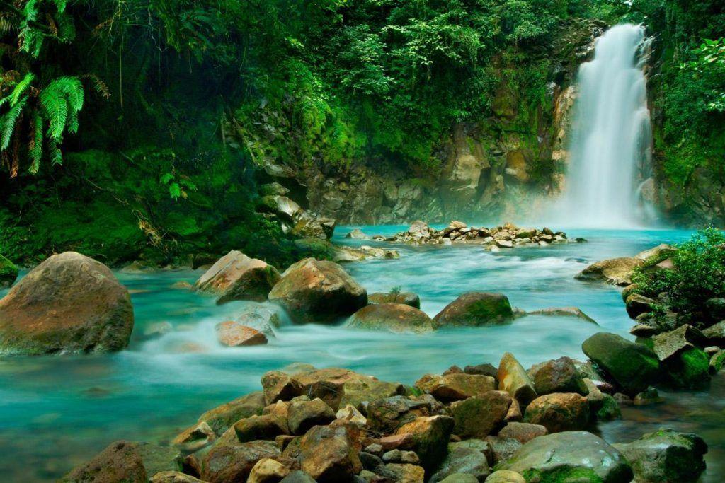 LUGARES-QUE-VISTAR-EN-COSTA-RICA