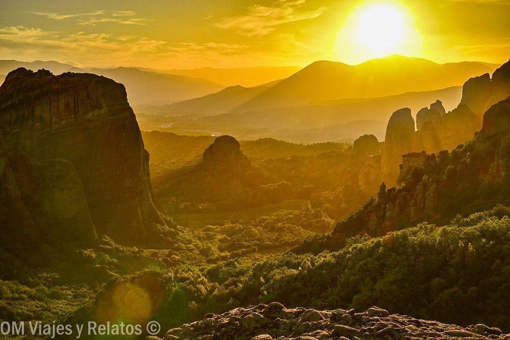 visitar-Meteora-Grecia-atardecer