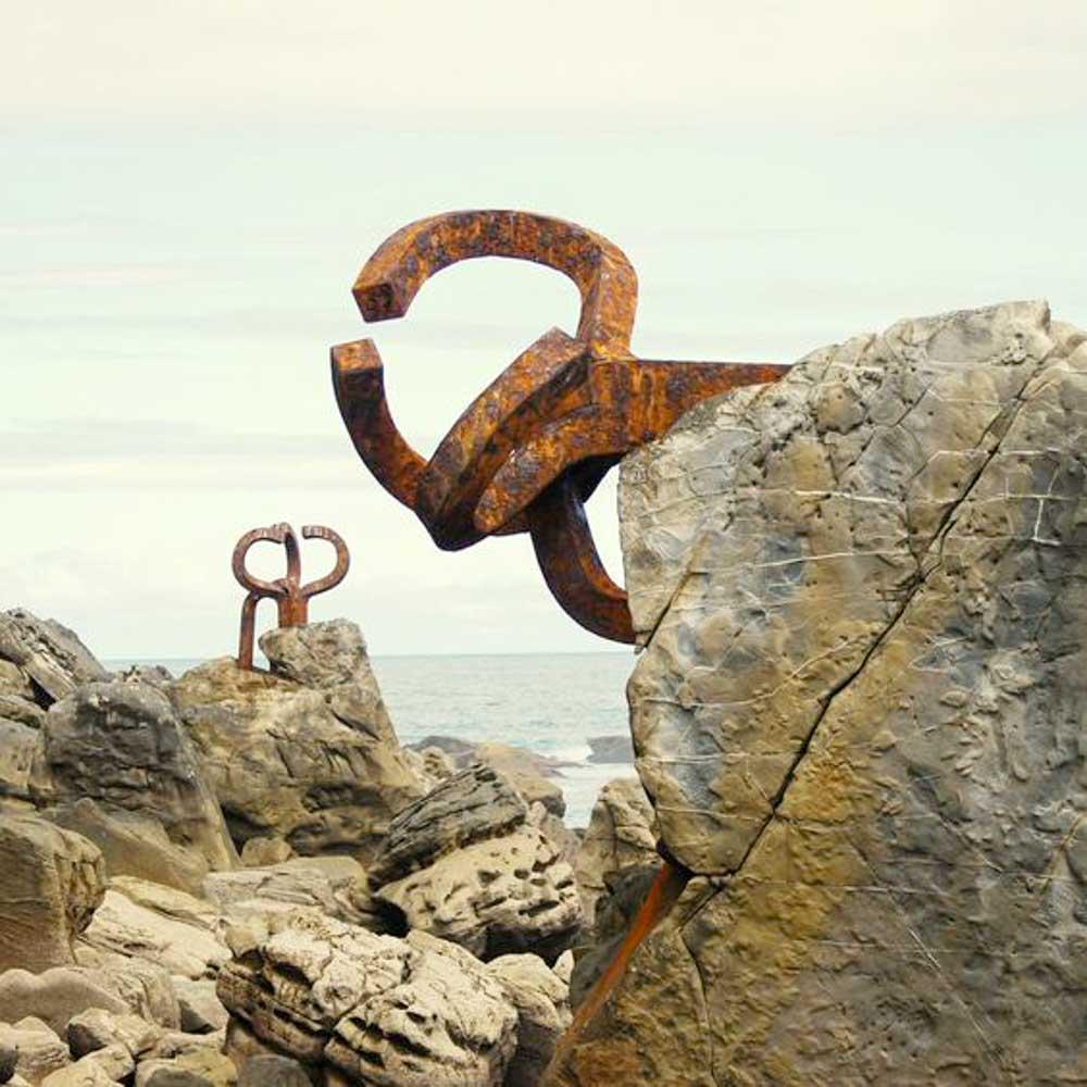 turismo-en-San-Sebastián-Chillida